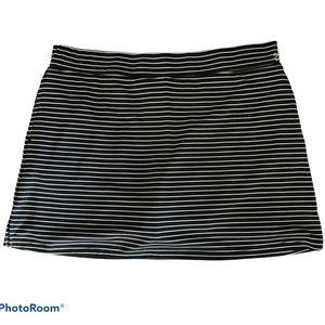 Izod black white striped golf skort Size XL
